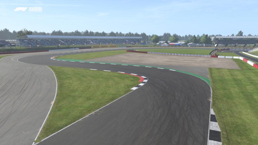 F1 2021: Silverstone Curva 16 Vale ADT Esports Academy