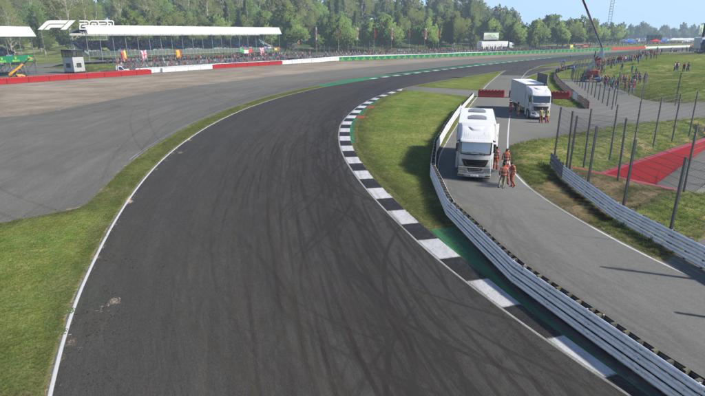 F1 2021: Silverstone Curva 9 Copse ADT Esports Academy